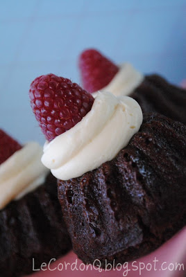 Flourless Mini Chocolate Raspberry Cakes