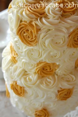 gold polka rosette cake 3