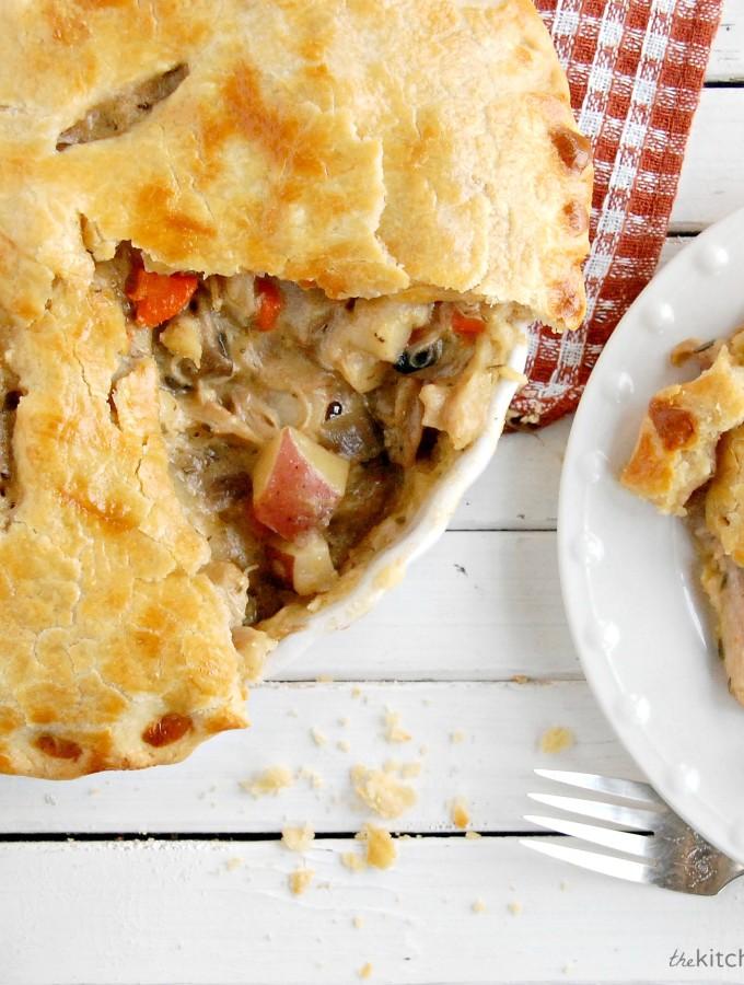 Hearty Chicken & Mushroom Pot Pie