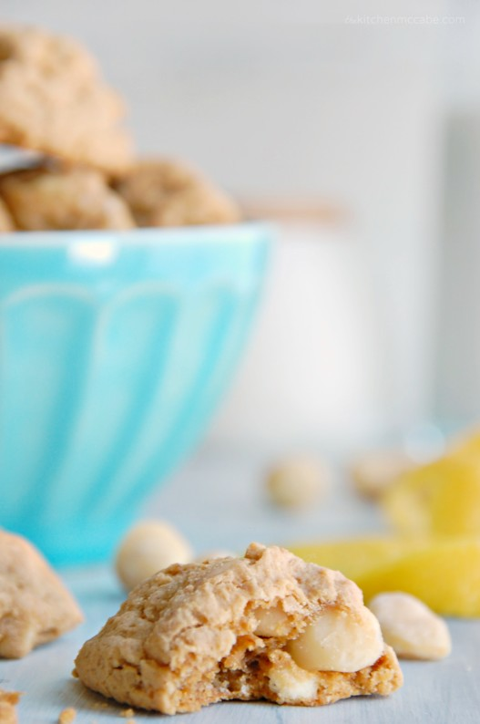 white chocolate chip macadamia lemon cookies