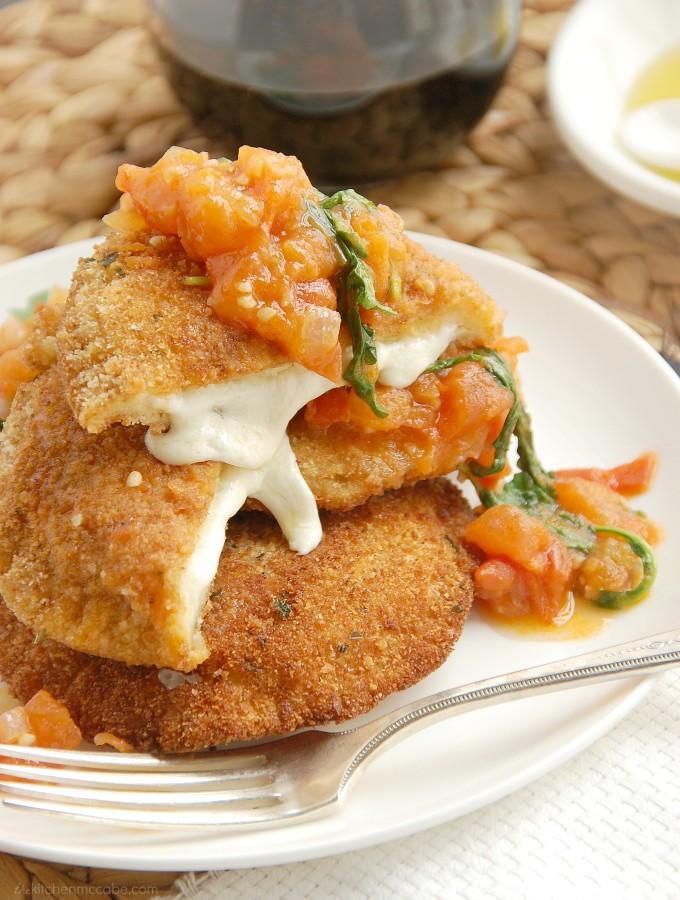 Mozzarella en Carozza w/ Tomato Rocket Sauce{Italian-Style Grilled Cheese}