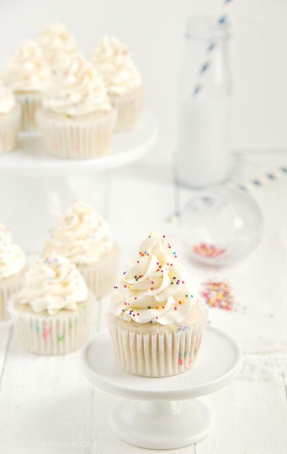 Funfetti Birthday Cake Cupcakes | thekitchenmccabe.com