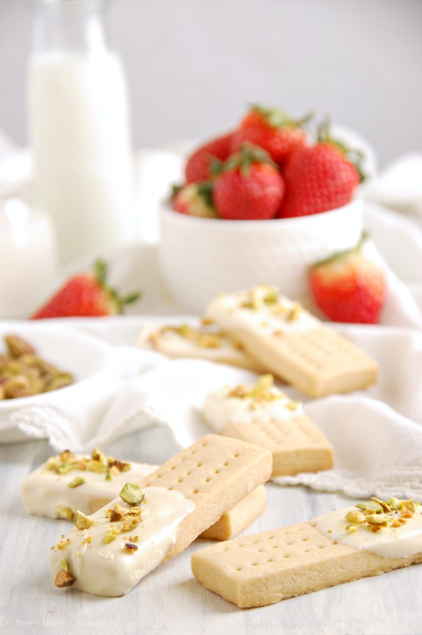 white chocolate pistachio shortbread 2
