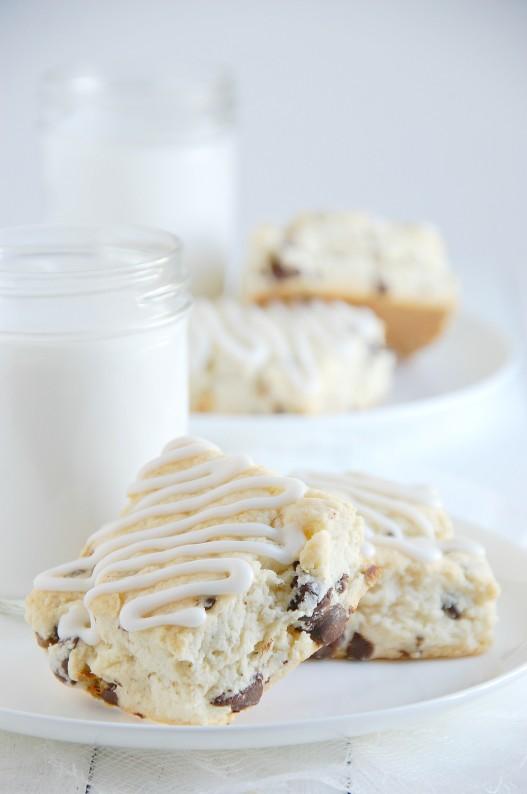 Dark Chocolate Chunk & Pistachio Scones {Gluten-Free} | thekitchenmccabe.com