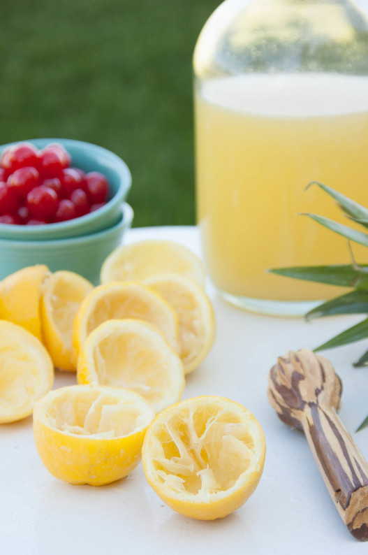 Cherry Pineapple Lemonade | thekitchenmccabe.com