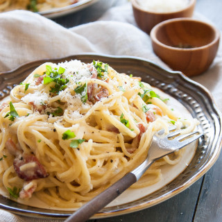 Pasta Carbonara ~Quick & Simple~ | thekitchenmccabe.com