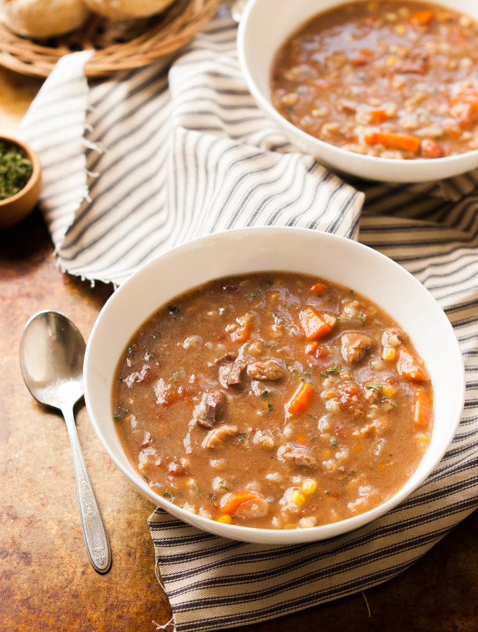 Slow Cooker Beef Vegetable Barley Soup