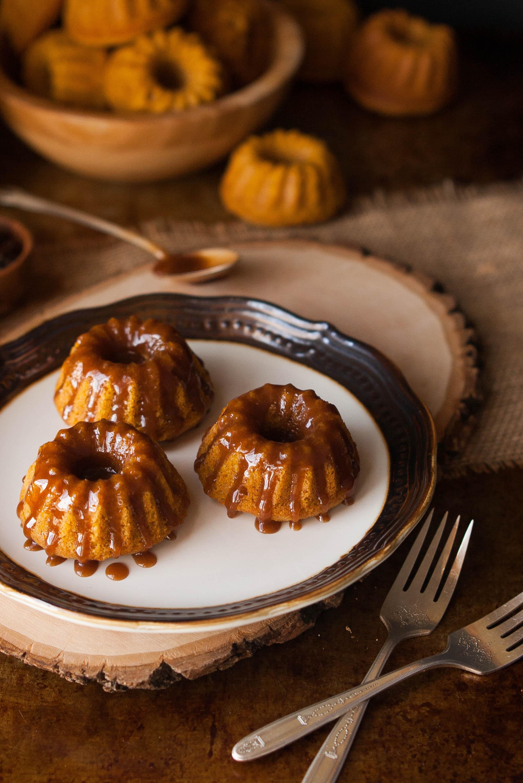 Recipe Mini Pumpkin Bundt Cakes