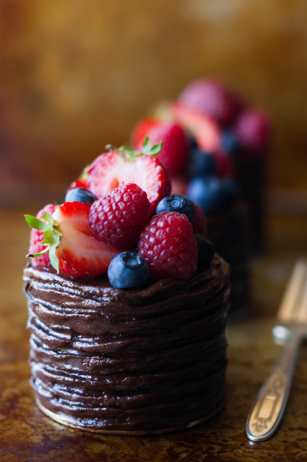 Mini Double Chocolate Berry Cakes | thekitchenmccabe.com