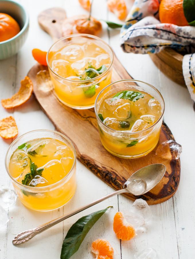 WINTER LEMONADE: Mandarin Mint
