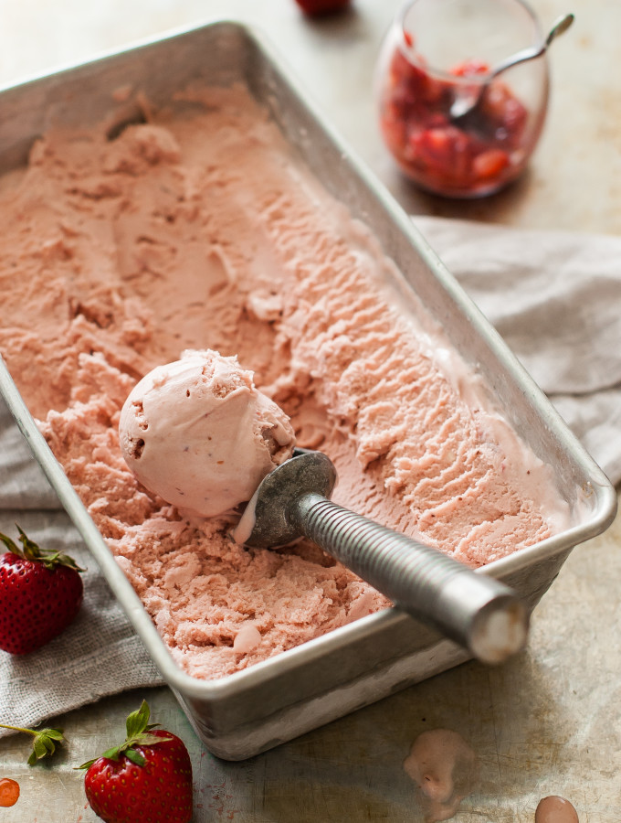 Balsamic Roasted Strawberry Mascarpone Ice Cream