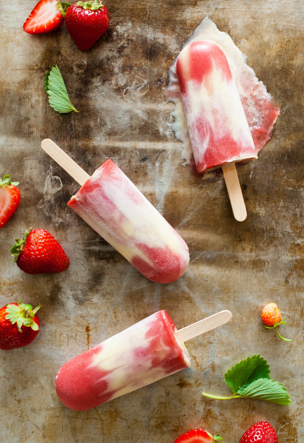Roasted Strawberry Rhubarb Custard Popsicles