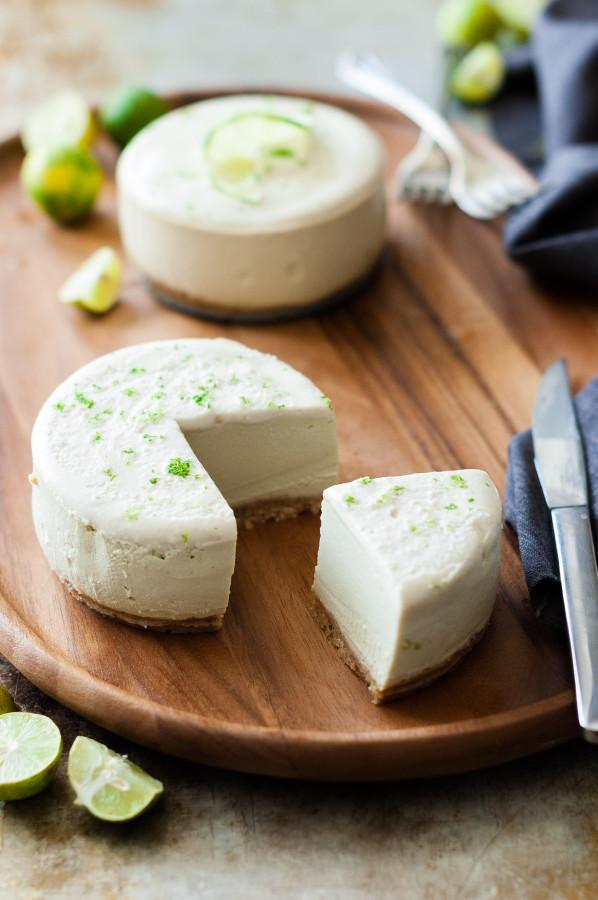 Raw Key Lime Cheesecake with Macadamia Coconut Crust - raw, vegan, gluten free, grain free, no refined sugar, and dairy free!