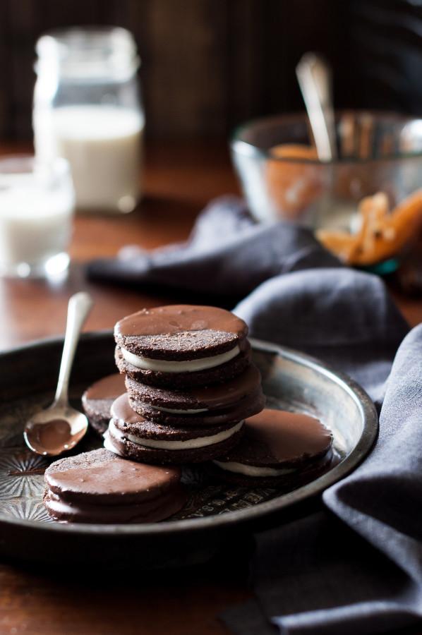Raw Chocolate dipped Oreo Cookies (vegan-friendly, gluten free, refined sugar free, dairy free)