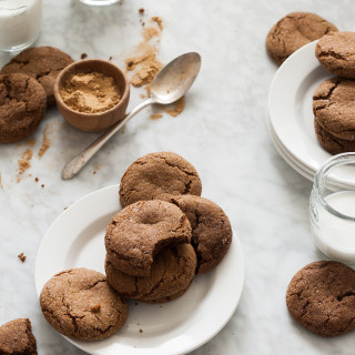 Chewy Molasses Cookies - gluten free, dairy free, no refined sugar, clean eating