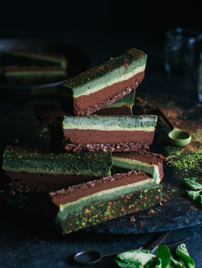 Chocolate Superfood Matcha Mint Slice