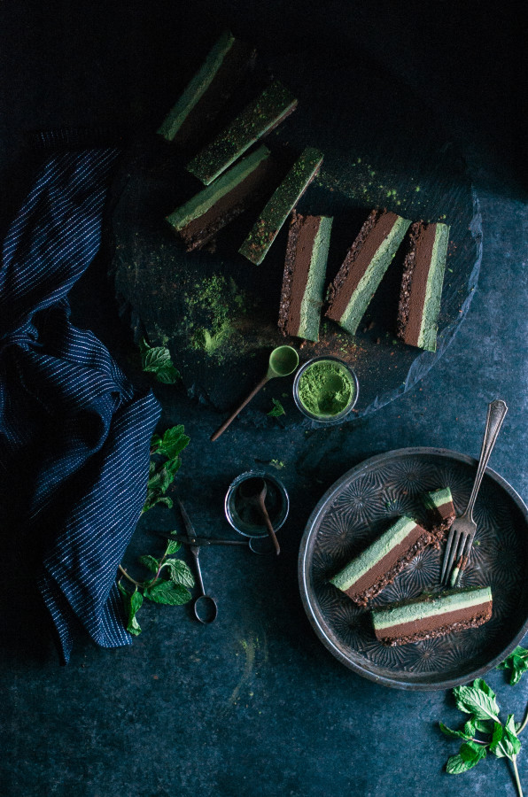 Chocolate Superfood Matcha Mint Slice (raw, vegan, gluten dairy & refined sugar free)