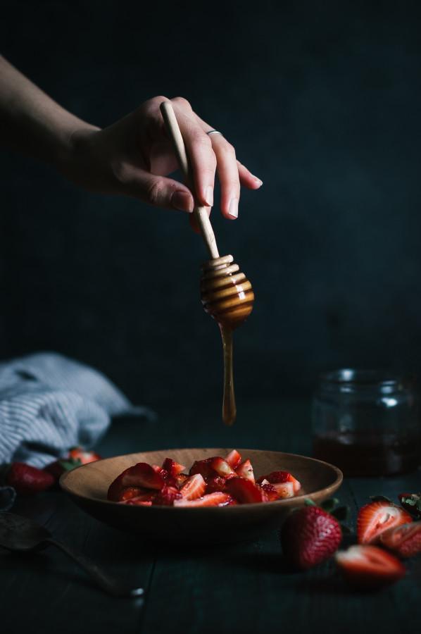 Raw Strawberry & Coconut Mini Ice Cream Cakes