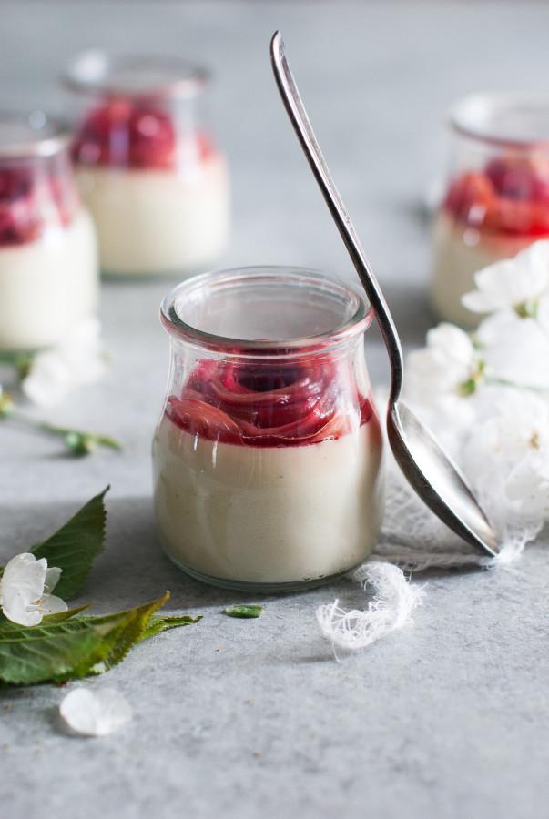 White Chocolate Vanilla Panna Cotta with Rhubarb (vegan)