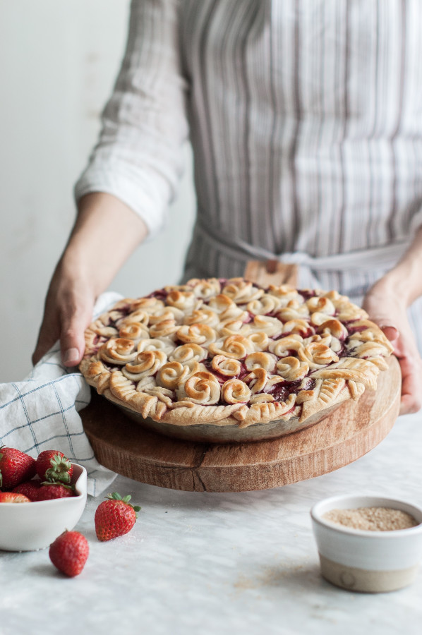Rosy Rhubarb & Strawberry Pie