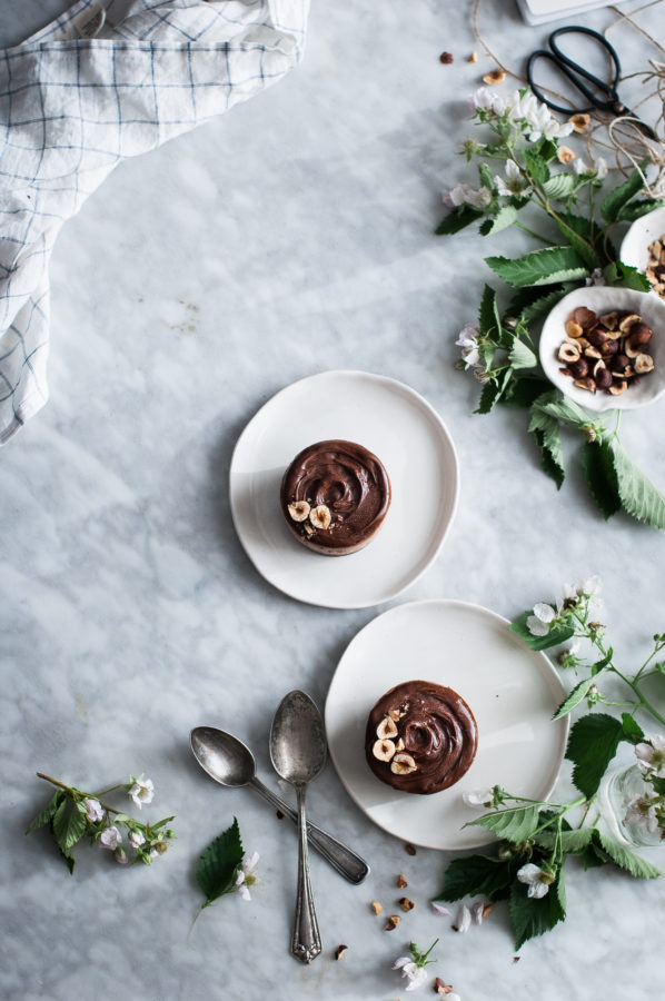 Raw Chocolate Hazelnut Ice Cream Cakes (vegan)