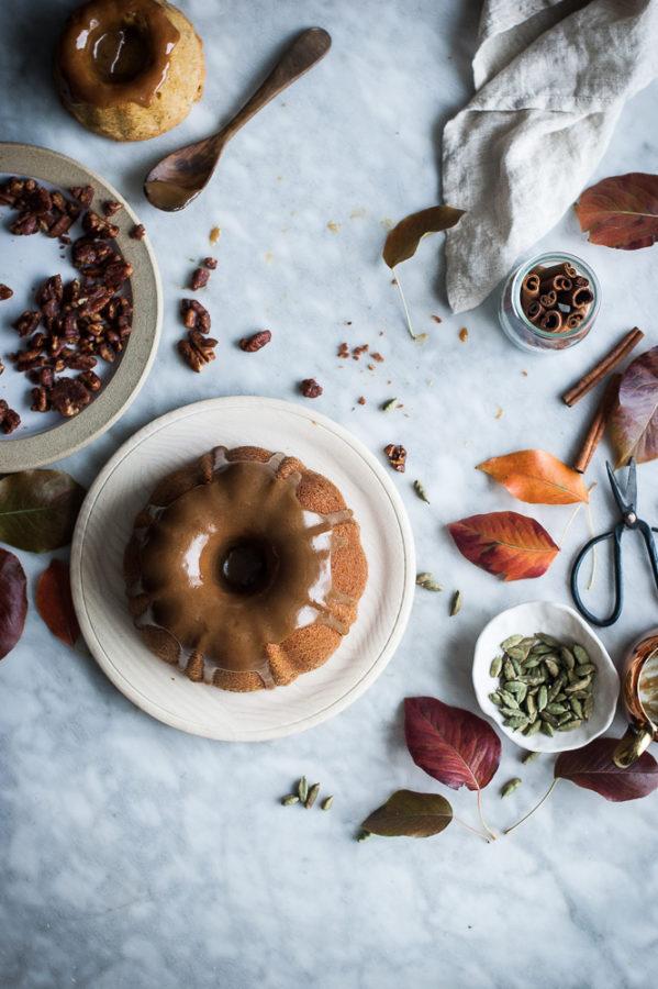 pumpkin-butter-cake-maple-bourbon-caramel-6