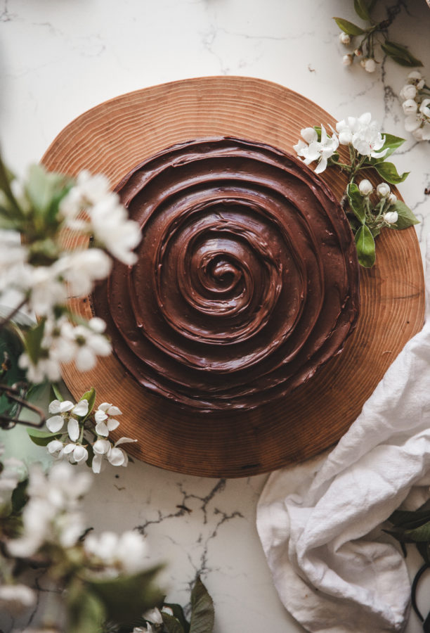 Simple Chocolate Cake + Chocolate Ganache